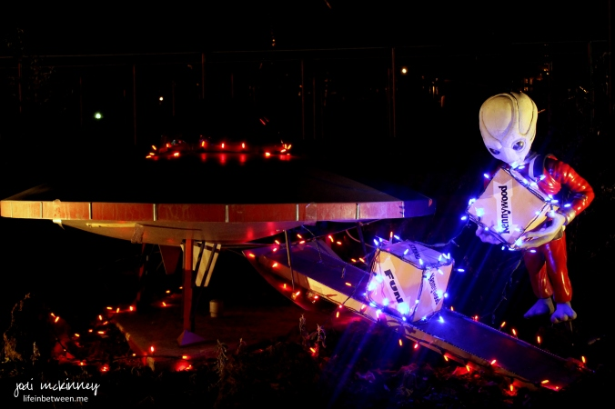 kennywood spaceship and martian