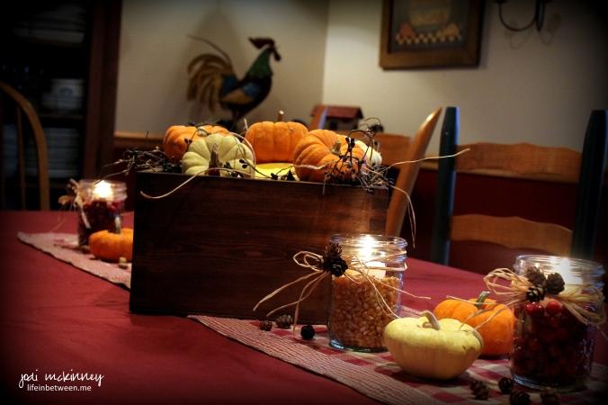 thanksgiving fall decor 1