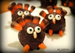 thanksgiving turkey oreo balls