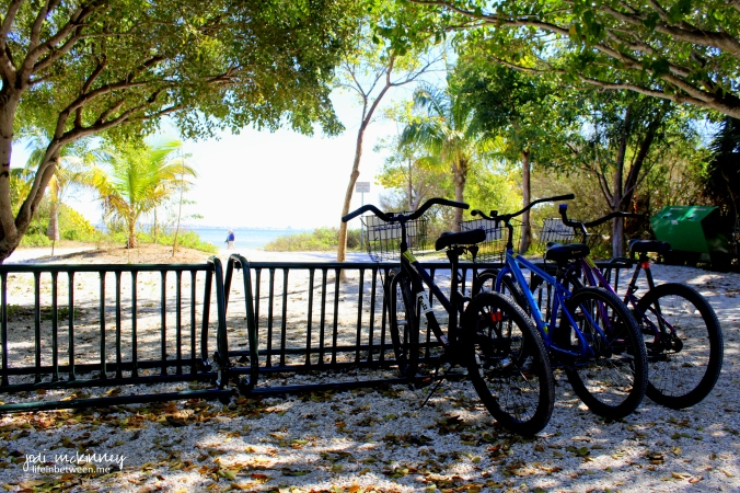 sanibel lighthouse beach bikes