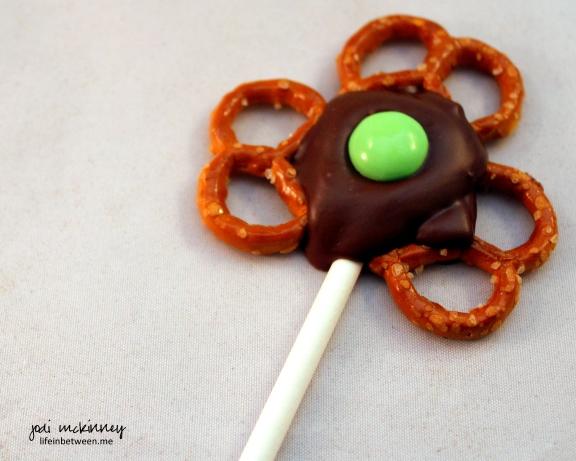 Chocolate Pretzel Shamrock Pop