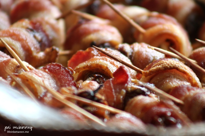 bacon wrapped blue cheese stuffed dates 3