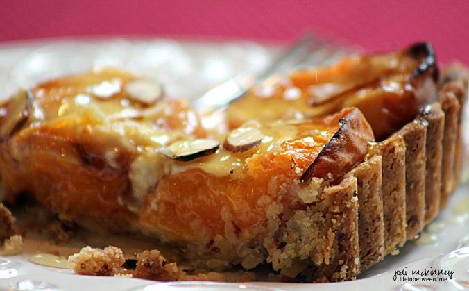 Fresh Apricot Almond Creme Tart 4