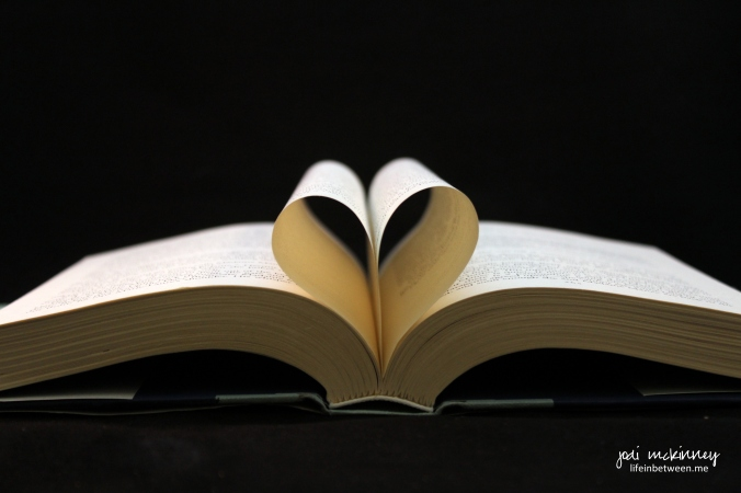 I heart reading books