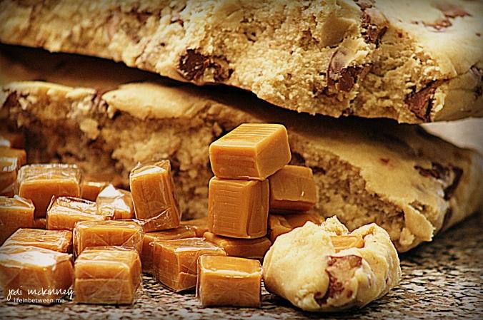 Caramel Stuffed Milky Way Cookies 4