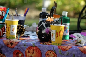 kf painting pumpkins 3