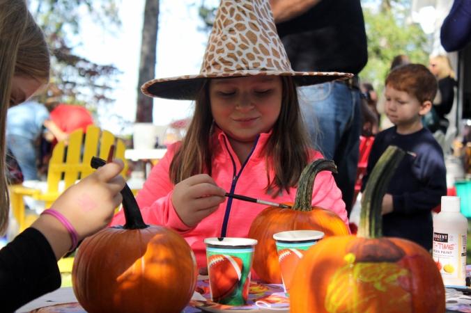 kf painting pumpkins