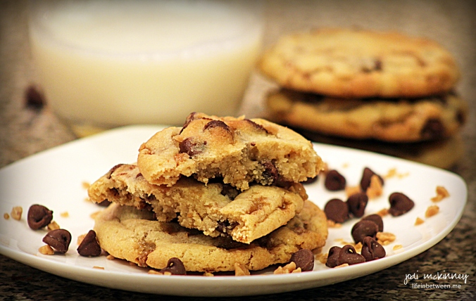 milk chocolate toffee chip cookies