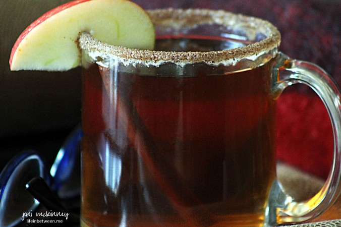 Warm Caramel Apple Cider