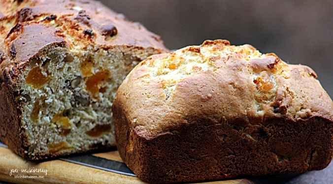apricot nut bread mini