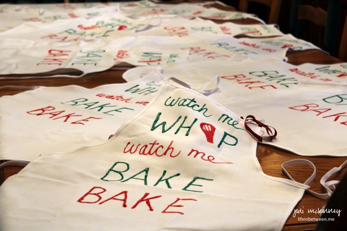 watch me whip watch me bake bake christmas aprons