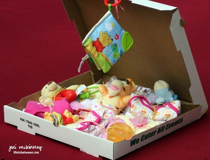 Diaper pizza baby shower gift 2