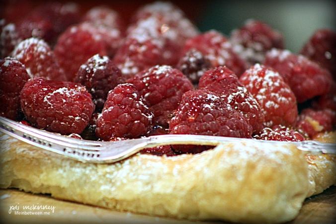 red raspberry puff pastry tart 2