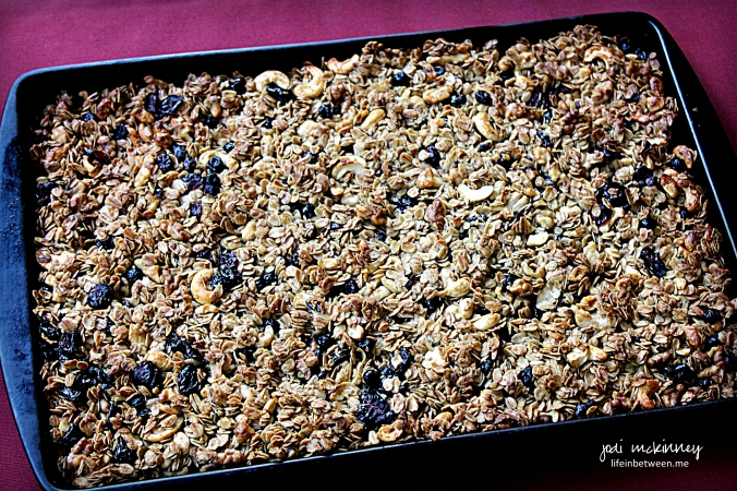chunky homemade granola 2