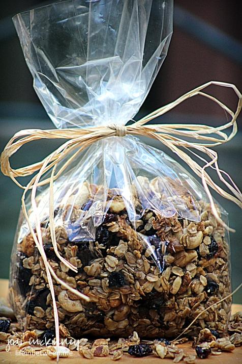chunky homemade granola 5