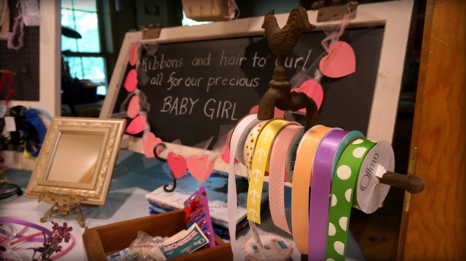 hair-bow-boutique-for-girl-baby-shower