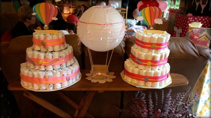 hot-air-balloon-baby-shower-diaper-cakes