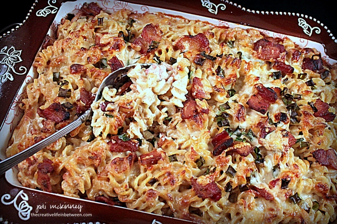 bacon-and-caramelized-onion-mac-n-cheese-3