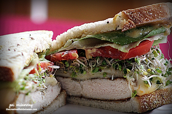 chicken-breast-sandwich-on-jewish-rye-with-broccoli-sprouts