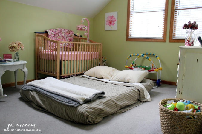air-mattress-in-nursery