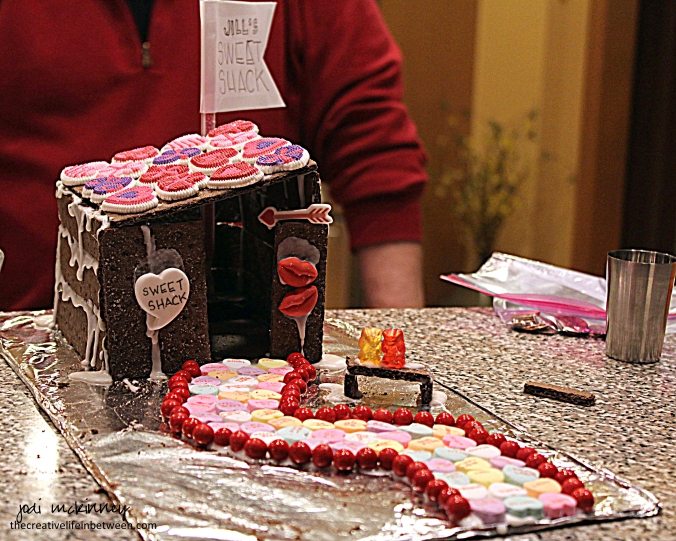 jills-sweet-shack-love-shack-valentines-couple-camp