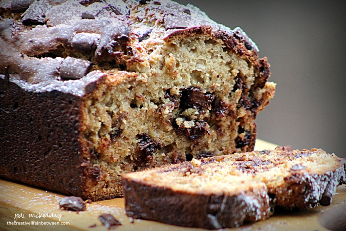 peanut-butter-banana-bread-with-chocolate-chips