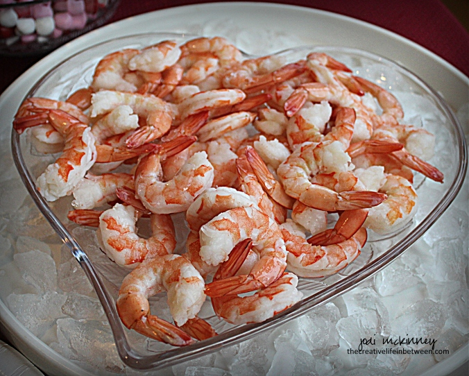 valentines-day-couples-camp-heart-shrimp-cocktail-platter-appetizer