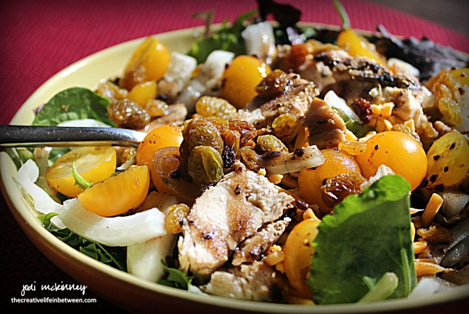 yellow-and-green-spring-mix-salad-1